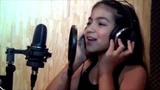 Девочка поет песню Jomos somos mas из сер Виолетта(, 2013-11-22T16:53:13.000Z)