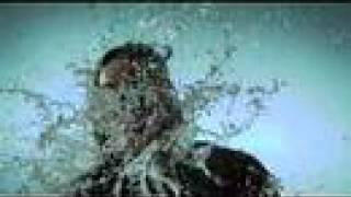 russ gets a soak shot at 1000 fps with the phantom v10