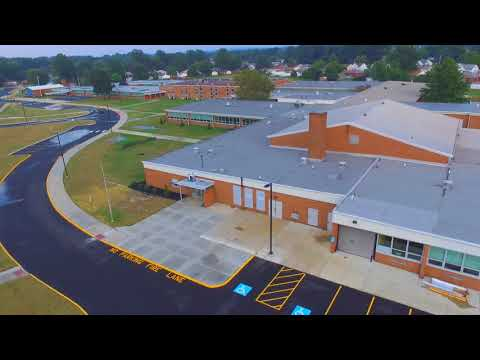 School Tour Willoughby-Eastlake schools 8-11-2017