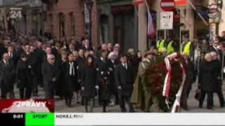 Pohřeb pana prezidenta Kaczynského a jeho manželky, TV-zprávy ,18. 4. 2010, ČT