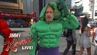 Baixar Jon Stewart is a Hollywood Blvd Superhero???