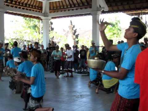 Latihan Tuh & Tari Banjar Sawah Pedungan (2)