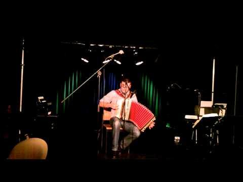 Jan Ciupa - Hey Slavko, spiel uns eins - live im Akkordeon Cafe Dortmund am 04.11.2013