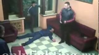 Драка в деревенском клубе  (mimimi.tv)