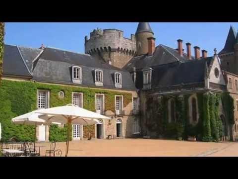 Château de Busset, Hôtel de charme près de Vichy en Auvergne : Symbolesdefrance.com