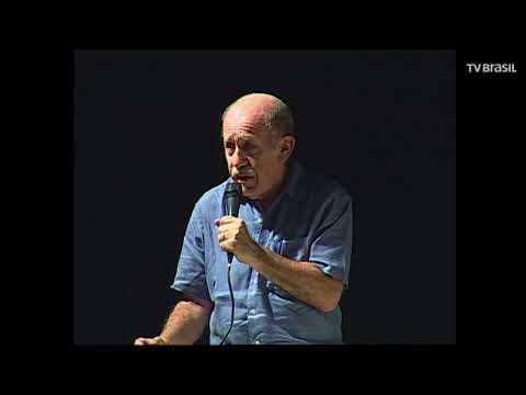 Corpo do economista Paul Singer é enterrrado em São Paulo