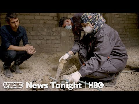 Meet The 23 Year-Old Woman Clearing Out Corpses In Mosul By Hand | Rebuilding Mosul (Bonus)