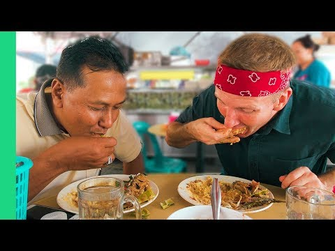 Local Malaysian Feast! - Asking Malay Taxi Drivers Where to Eat in Kuala Lumpur