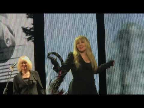 "Stevie Nicks ""Edge of Seventeen"" Portland OR Moda Center Feb 28, 2017 24K Gold Tour"