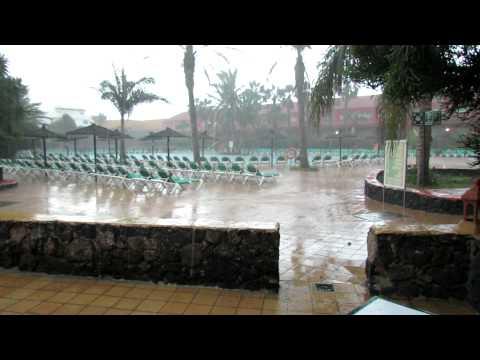 Heavy Rain- Oasis Village - Corralejo - Fuerteventura