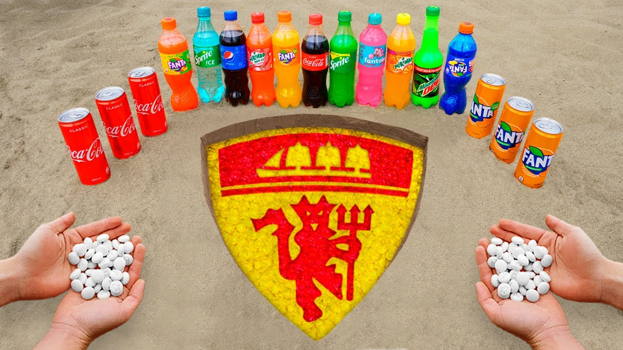 Manchester United Logo in the Hole with Orbeez, Coca Cola, Mentos & Popular Sodas