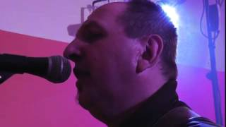 Repeat youtube video Sipina Band - Sierra Madre ((cover))