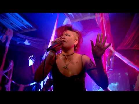 Elvira & The Bats - Bandidos - live @ Return To The Batcave (HD)