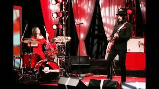 The Nurse - The White Stripes (lyrics)