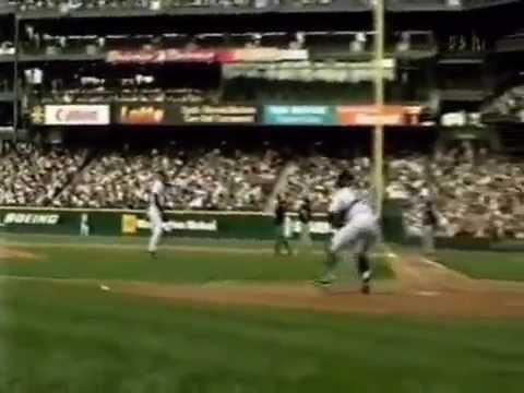 Ichiro Suzuki: Lots of beautiful throws - YouTube