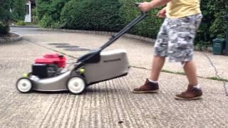 Видео Honda HRG415 C3 start up (автор: Michal Dano)