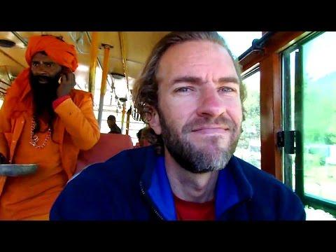 Awesome Himalaya Bus Adventure: Kullu to Manali, India