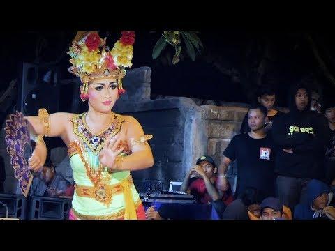 Werdi Kencana Joged Bumbung Bali Kolaborasi