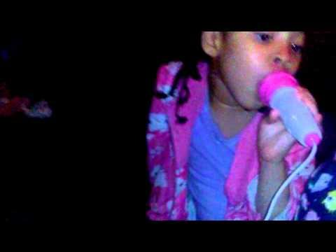Sameera Karaoke Solo (Dark Horse)