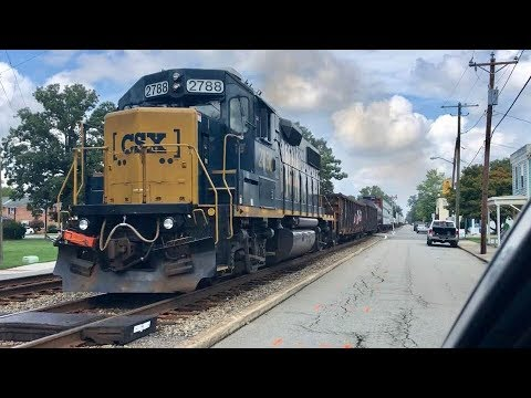 Street Running Trains Near Miss With Truck!   Ashland, Virginia