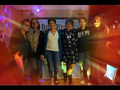 i partecipanti della gara di karaoke