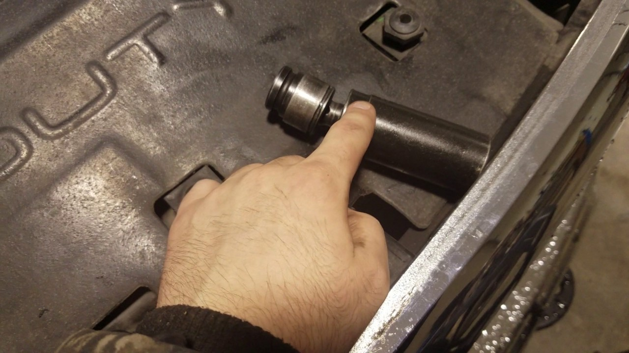 how to change fuel filters on 13 16 ram cummins  [ 1280 x 720 Pixel ]