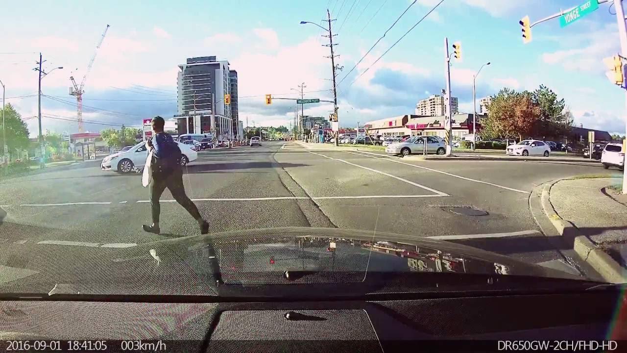 Pedestrian running on red light!