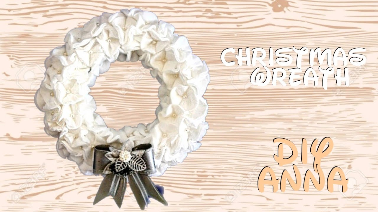 craft ideas with cotton door wreath with cotton and pearls diy ideas 3970