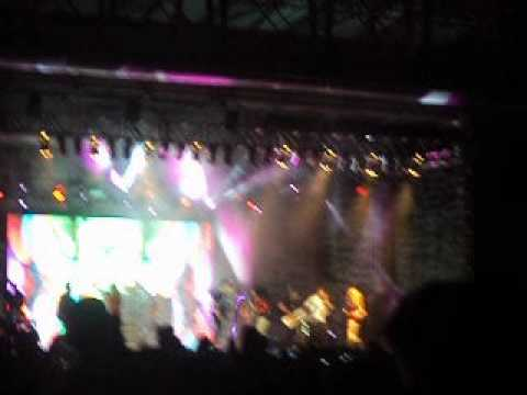 Show Doos Rebeldes Em Recife ( Luiza Costa e Sheyla Regina ) . Travel Video