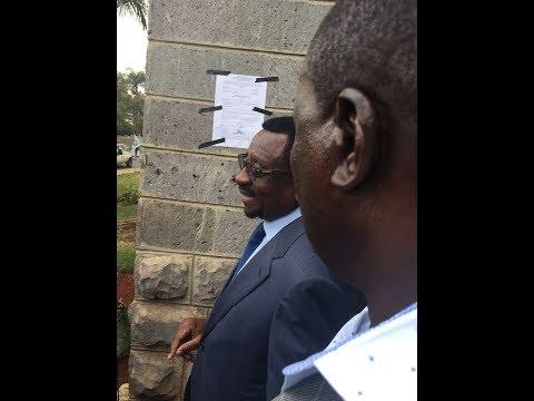 Lawyer James Orengo dramatically decides to pin court order on Jimi Wanjigi's house