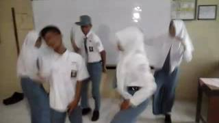 Dance Xl multimedia SMK YPE SUMPIUH Video