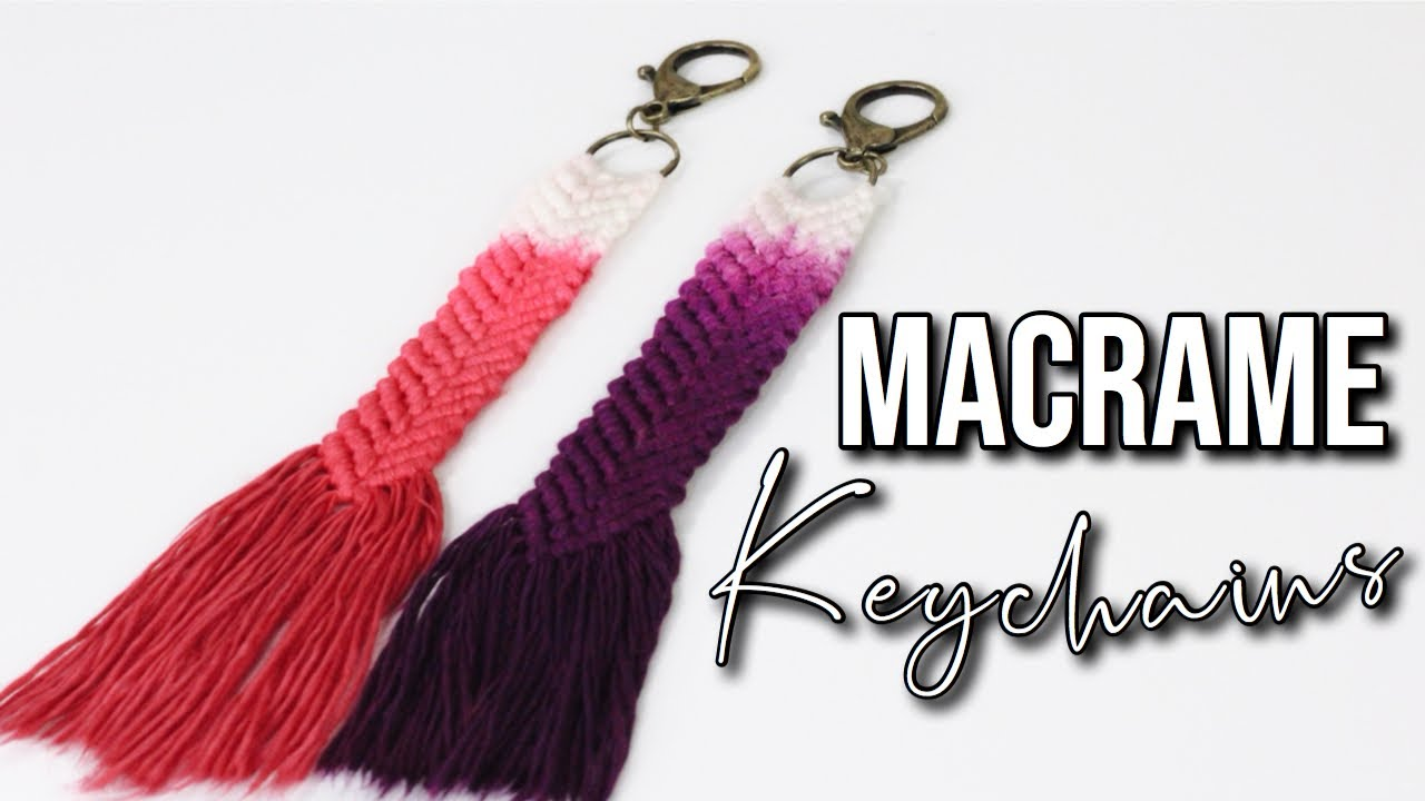Macrame keychain with 2 wooden balls and Karabian accessories
