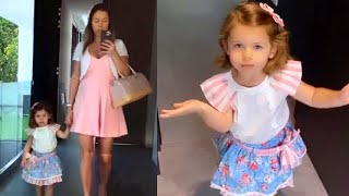 Ximena Duque muestra la rutina mañanera de su hija Luna