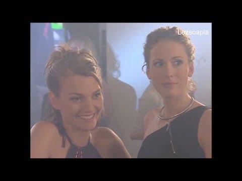 003 Carla & Hanna