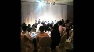 おじちゃんが洋兄ちゃんと千ちゃんの結婚式で熱唱:)