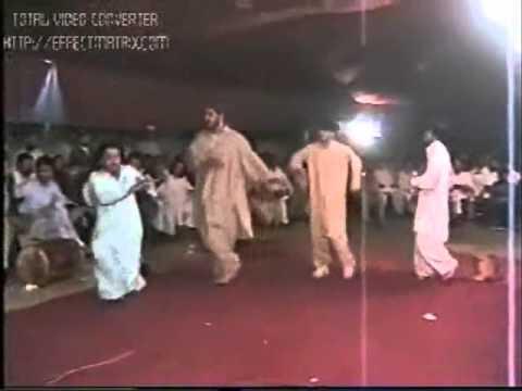 PTI Best Pashto Song & Amazing Dance...Imran Khan Zindabad..!!
