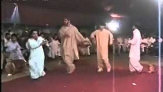 PTI Best Pashto Song & Amazing Dance...Imran Khan Zindabad..!!
