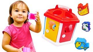 Дада игрушки - Видео для малышей. Развивающие игрушки - Домик. Учим цвета для детей