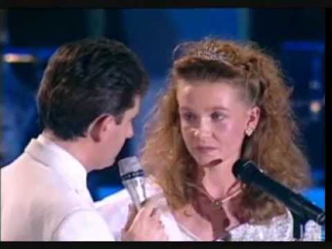 Daniel O'Donnell - Mary From Dungloe (Live)