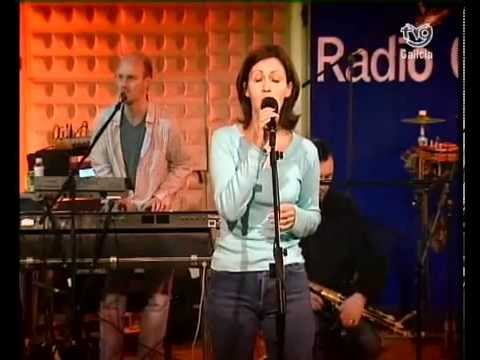 Capercaillie - Skyewalking Song