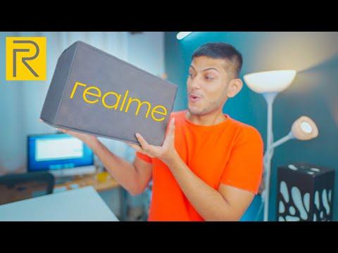 Realme sent me a Majedaar Box! 🔪📦  *Accessories*