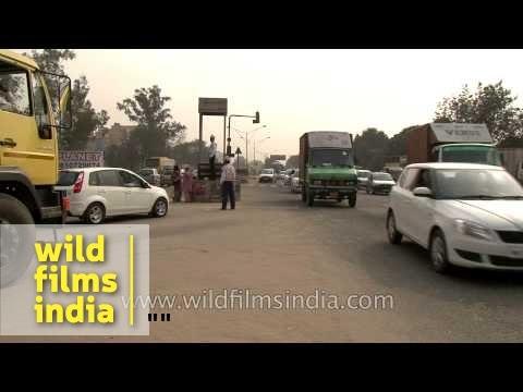 Traffic police in action - Faridabad