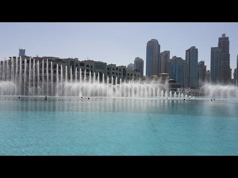 Dubai Vlog Day 1: Jumeirah Mosque, Dubai Fountains, Burj Khalifa & Aquarium!