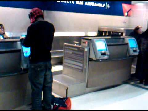 Delta Airline Ticket Counter in Detroit