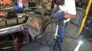 Repeat youtube video Welding the Tube on 14-Bolt Axles