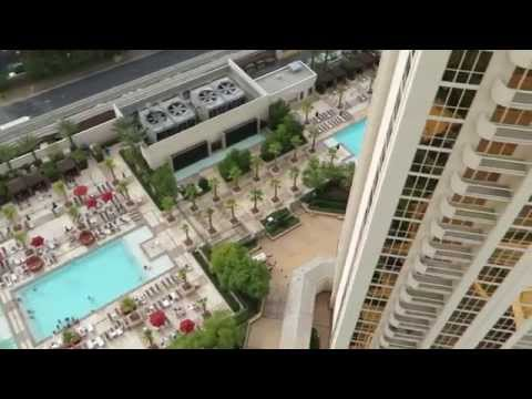 MGM Grand Signature - High Floor One Bedroom Balcony Suite (Strip ...