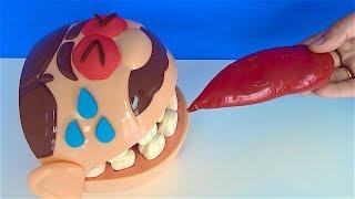 Aç adam acı biber yedi gözlerinden yaş geldi Dünyanın en acı biberini yiyen Play Doh Dişçiye slime