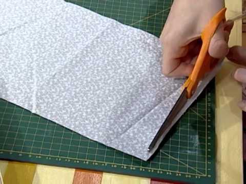 Caja forrada en tela para padrinos youtube for Forrar cajas de carton con tela