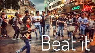 Video Beat it - Michael Jackson, Feng E performed in London download MP3, 3GP, MP4, WEBM, AVI, FLV Oktober 2018