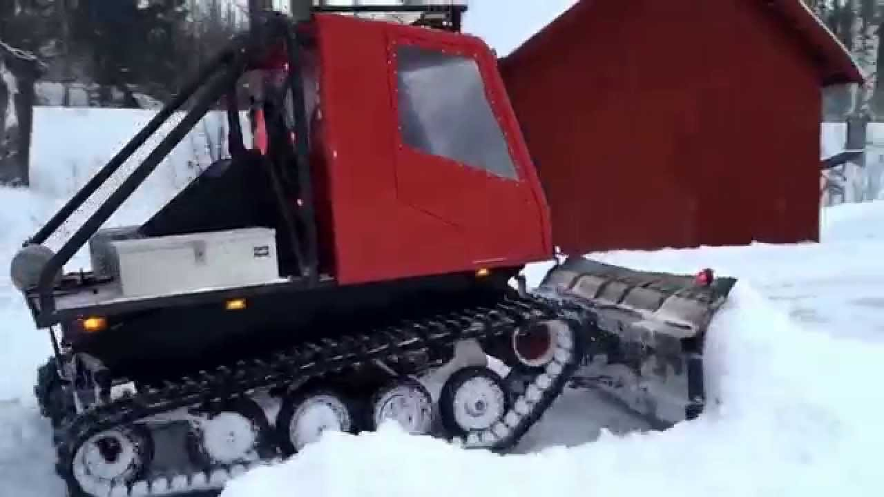 homebuilt tracked vehicle moving snow doovi. Black Bedroom Furniture Sets. Home Design Ideas